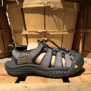 Keen Newport H2 Waterproof Hiking Sandals